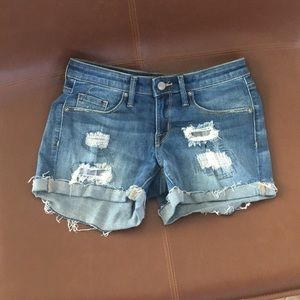Mid-rise Denim cut off shorts